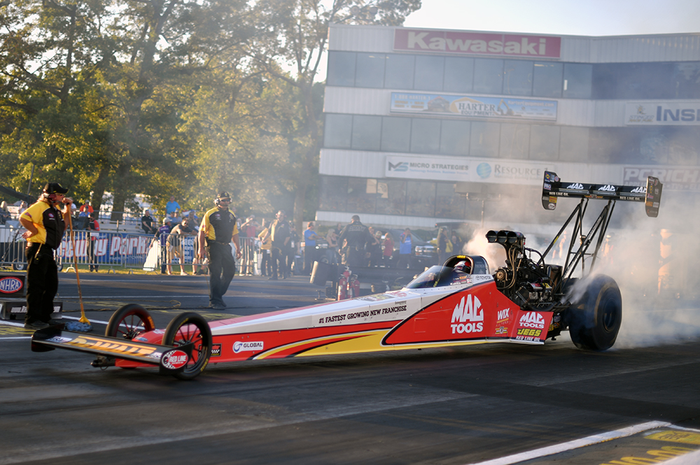 Mac Tools Dragster.jpg